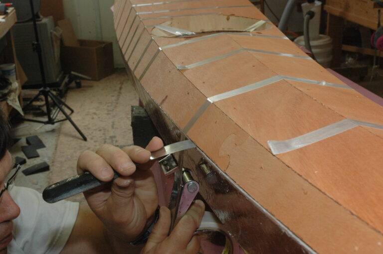 Align the deck hull seam